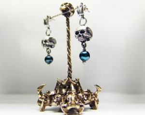 Dark pearl / Gothic silver earrings / Earrings made of silver / Giger / Steampunk / Biomechanic