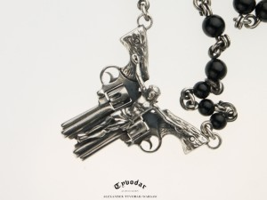 01 / Holy gun - Necklace made of gold / silver, antique coin.