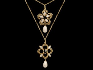 Gold pearl necklace | TYVODAR