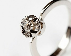Album Diamond - engagement diamond ring, diamonds and gold, delicate engagement ring, white gold and white diamonds
