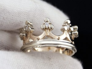 Diamond crown ring | TYVODAR