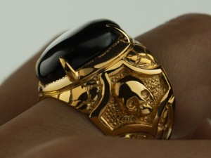 Gold skull ring | TYVODAR