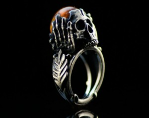 01 / Nigrum adamas II - gothic skull gold/silver ring, skull engagement ring / Steampunk / Biomechanics