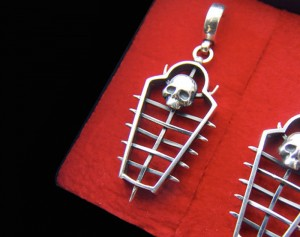 Ritu calvaria - Iron maiden torture device gothic earrings, gothic skull silver earrings