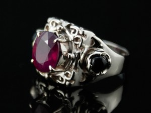 001 / RUBY / gold 585 / - gold ring