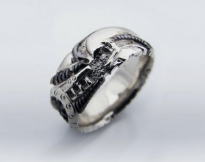 BLACK GIGER - silver biomechanical ring, gothic silver ring, Anatomical ring / Steampunk / Biomechanics / Giger / Men ring/ Men gift