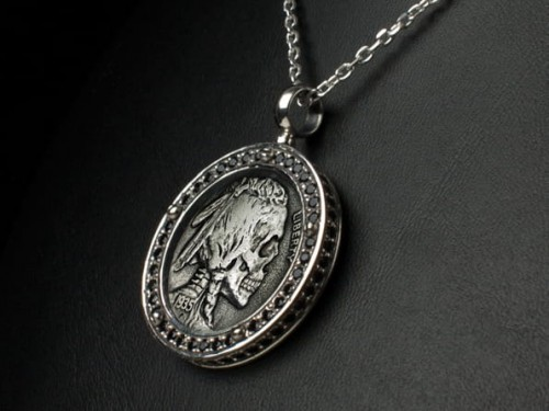 skull_coin_necklace.jpg