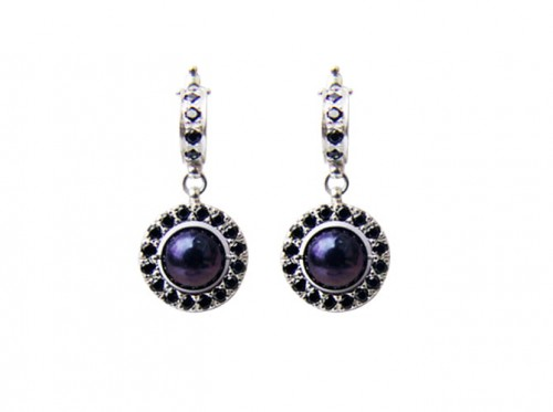 black_pearl_earrings.jpg